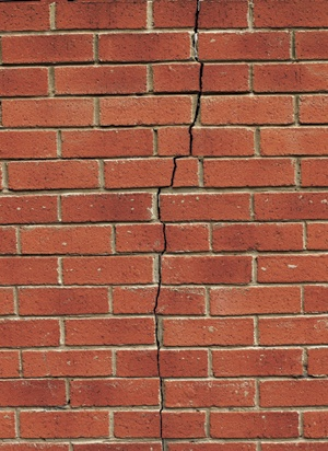 brick_wall_crack